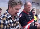 Video: Fredis pret Bergmani. Kurš pārāks galda hokejā?