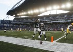 """Spēlējot uz ievērojami mazāka laukuma, """"Raiders"""" uzvar Vinipegā"""