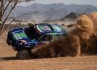 Video: Lietuvieša ekipāža Dakaras rallija prologā gandrīz piedzīvo avāriju