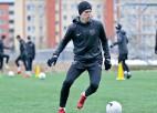 """Virslīgas medaļniece """"Valmiera"""" sāk treniņus un piesaista Toņiševu"""