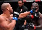 UFC franču smagsvars Gans dominē pār Žairzinjo un vēlas cīnīties par titulu