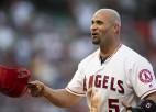 """""""Angels"""" 10 gadu līguma pēdējā sezonā atbrīvojas no beisbola zvaigznes Puholsa"""