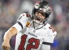 """Breidijs kļūst par NFL rekordistu un izšmauc no zaudējuma pret """"Patriots"""""""