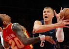 """Porziņģis sezonu iesāk ar 11 punktiem un zaudējumu pret """"Hawks"""""""