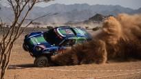Lietuvieša ekipāža Dakaras rallija prologā gandrīz piedzīvo avāriju