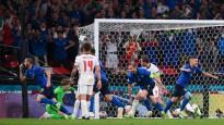 """11m sitienos Itālija pārspēj Angliju un triumfē """"Euro 2020"""""""