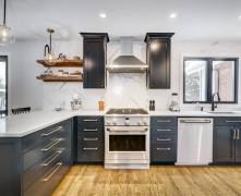 Kam pievērst uzmanību, lai iekārtotu ērtu virtuvi?