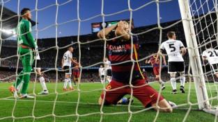 """""""Barca"""" likstas - trīs zaudējumi pēc kārtas, tituls briesmās"""