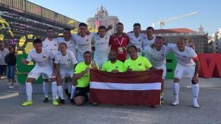 Minifutbola izlase notur neizšķirtu pret Bulgāriju un tiek Pasaules kausa 1/8 finālā
