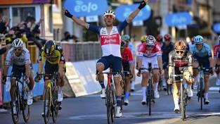 Skujiņš sekmē komandas biedra Steivena spožo triumfu ''Milāna – Sanremo''