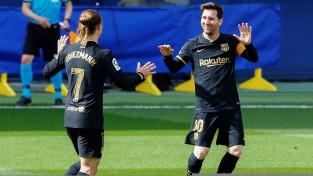 """Grīzmana divi vārti ļauj Barselonai atspēlēties un pieveikt """"Villarreal"""""""