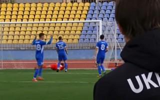 Futbolists skaidro šķietamo priecāšanos pēc pretinieku vārtu guvuma