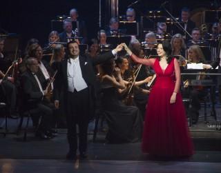 Latvijas Nacionālajā operā sākušies Vecgada koncerti