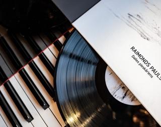 Dailes teātris vinila formātā izdod Raimonda Paula teātra melodijas