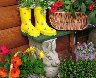 Foto: Podiņi, toverīši, muciņas interesantās dārza idejās