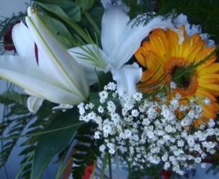 Floristu noslēpumi, kas palīdz ilgāk saglabāt grieztus ziedus