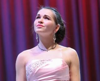 Zināms uzvarētajs konkursā par iespēju laimēt ielūgumus uz Operetes pavasara svinībām
