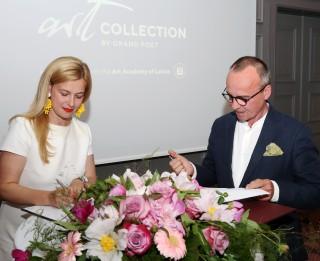 LMA un Semarah Hotels sāk sadarbību jauno mākslinieku atbalstam; atklāta gleznotājas Madaras Kvēpas personālizstāde