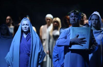 """Latvijas Nacionālajā teātrī varēs noskatīties  Latgales kongresa simtgadei veltītu iestudējumu """"Nūgrymušõ pile"""""""