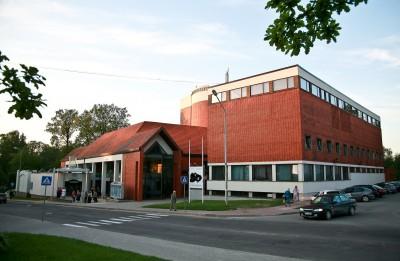 1. septembrī uzsākta biļešu tirdzniecība uz oktobra izrādēm Valmieras teātrī