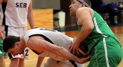 Latvijas Banku basketbola kausa izcīņa uzsākta ar skarbām cīņām