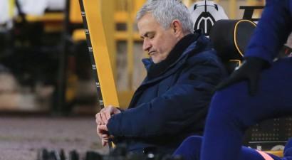 Oficiāli: ''Tottenham'' atlaidusi Žuzē Morinju no galvenā trenera amata
