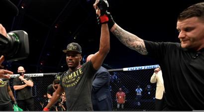 Oficiāli: Usmans aizstāvēs savu UFC titulu februārī pret Bērnsu