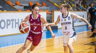 Paula Kļeščova pēc trīs gadiem Rīgā atgriežas dzimtajā Liepājā