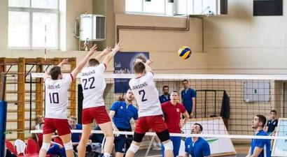 Uz ārzemēm devies arī Latvijas izlases volejbolists Renārs Jansons
