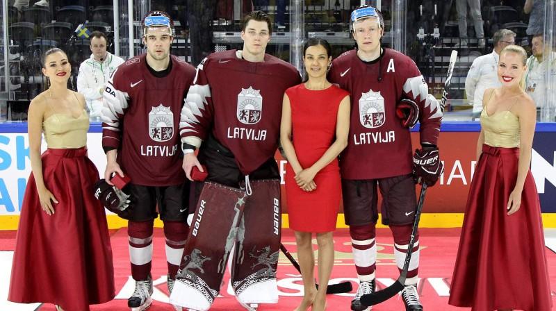 Trīs labākie Latvijas izlasē PČ: Kristaps Sotnieks, Elvis Merzļikins un Andris Džeriņš Foto: IIHF