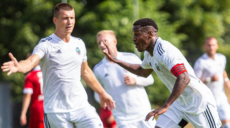 Milans Mirosavļevs un Dodo. Foto: FK Liepāja