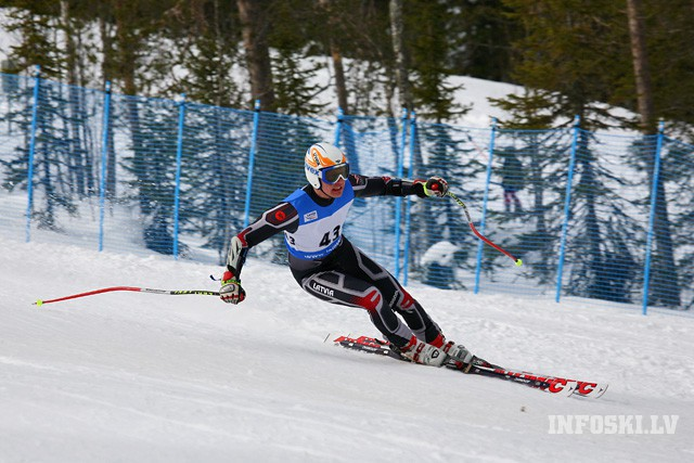 Mūsu kalnu slēpotāju izlase uzsāks jauno sezonu