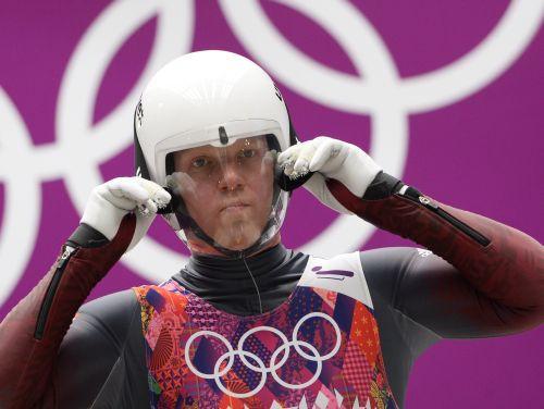Rubenim 10. vieta kamaniņās, otrais olimpiskais zelts Loham