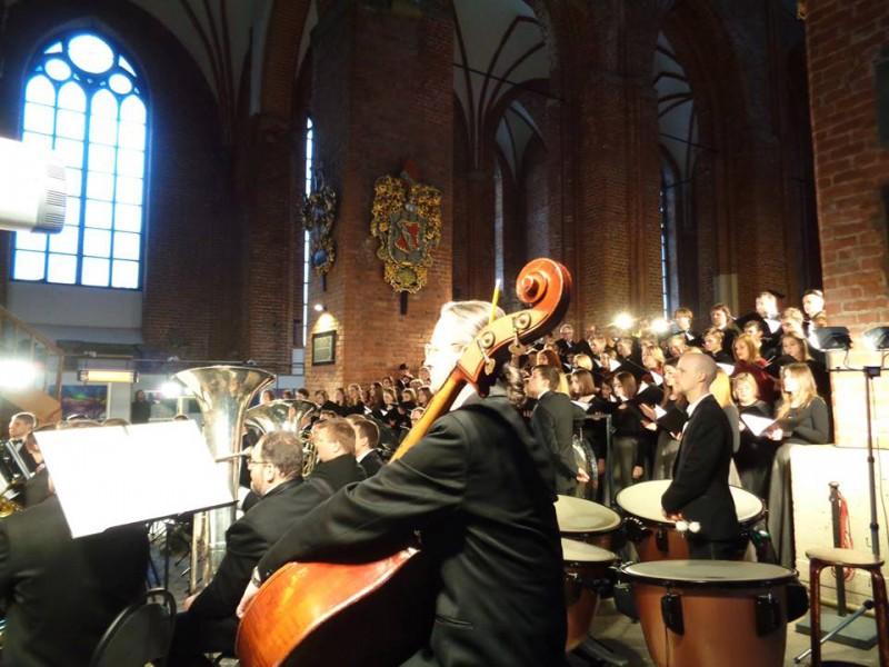 Pavasara noskaņas Sv. Pētera baznīcā. Orķestra RĪGA koncerti Lieldienās (+VIDEO)