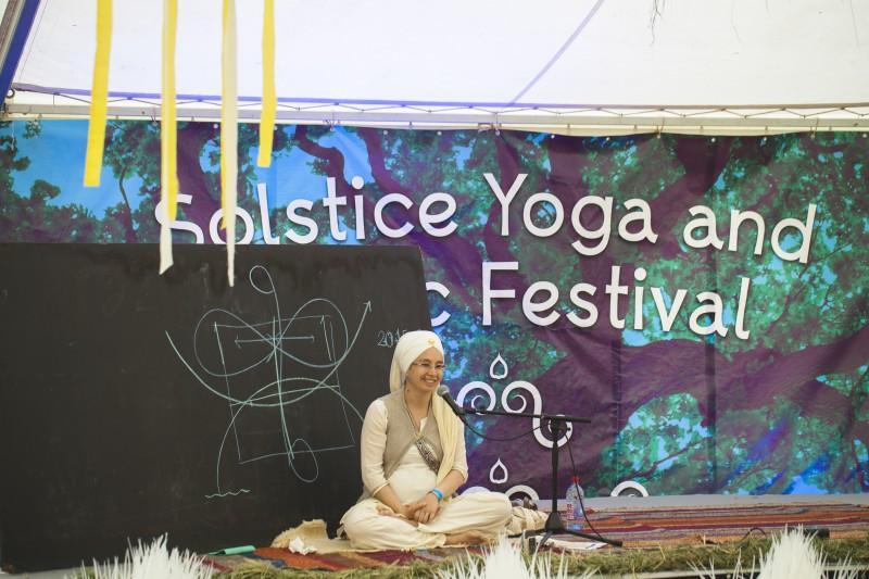 Nedēļas nogalē notiks ceturtais Saulgriežu jogas un mūzikas festivāls (+VIDEO)