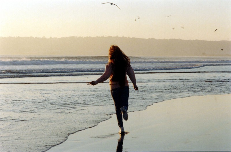 Kā tikt galā ar vientulības sajūtu vasarā?
