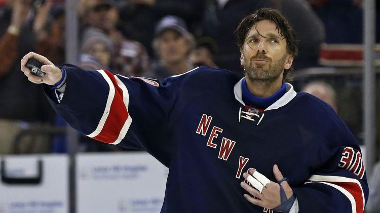 """Lundkvists: """"Par manas NHL karjeras nākotni šomēnes izlems mediķi"""""""
