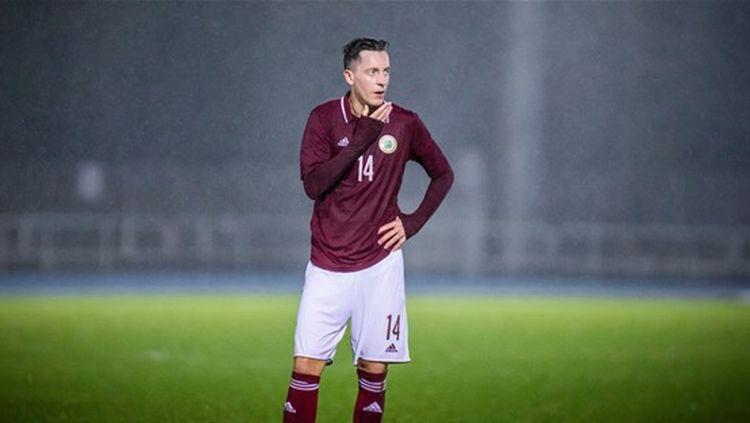 Saveļjevs atbrauca uz izlases spēlēm, kuras nenotika, un atpakaļ uz Itāliju vairs netiek