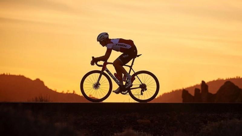 """Skujiņš: """"Ir cerība piedalīties """"Tour de France"""", bet līdz tam vēl jāizdzīvo"""""""