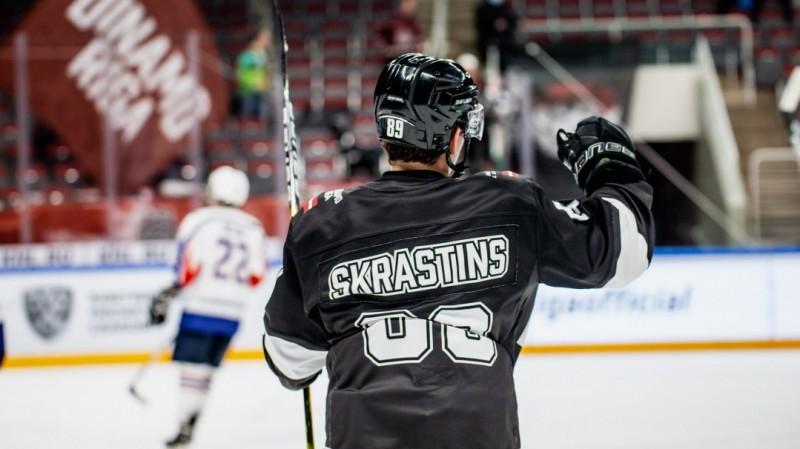 """""""Rīga"""" izdara 58 metienus un pirmoreiz sezonā iemet astoņus vārtus"""