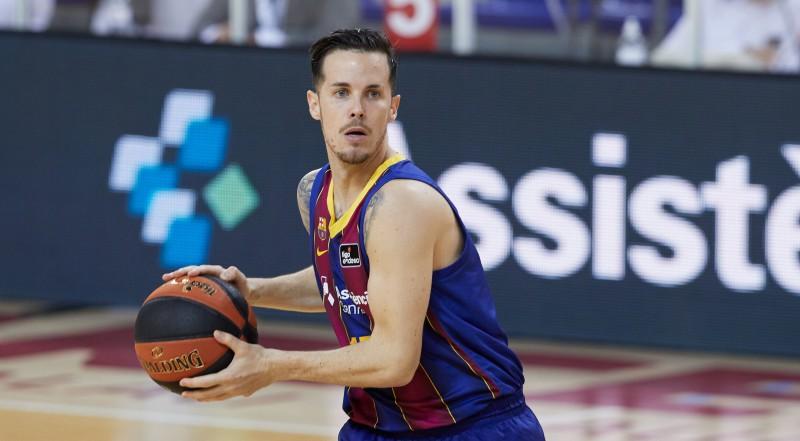 Spēlētāju aizstāvētais Ertels grasās tiesāties, Barselona skaidro atstāšanu Stambulā
