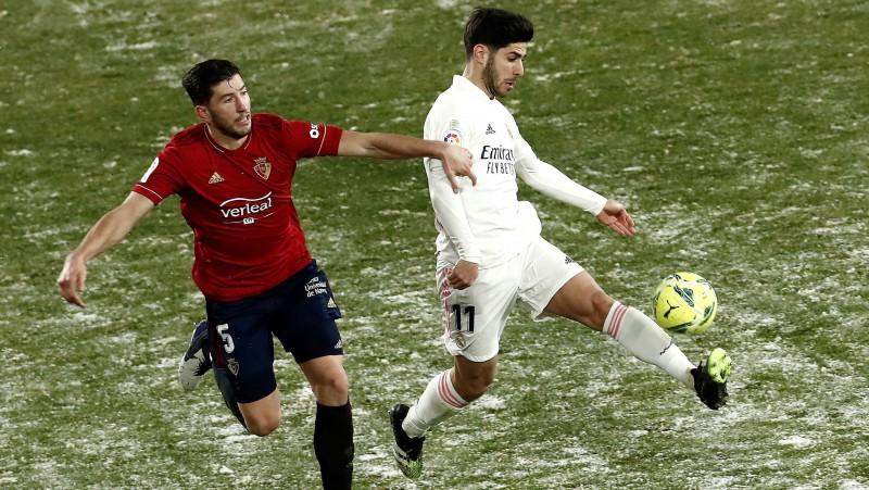 """Zidāns par Spānijas ziemu: """"Uz šāda laukuma nav jāspēlē futbols. Maču vajadzēja atcelt"""""""