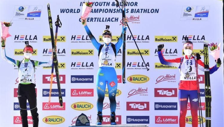 Jaunie biatlonisti nesekmīgi uzsāk junioru pasaules čempionātu