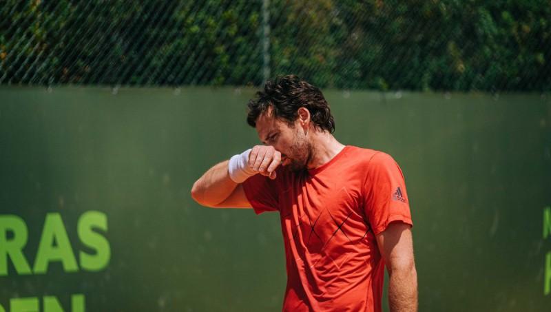 Gulbis nepilnas stundas laikā zaudē ''French Open'' kvalifikācijas 1. kārtā