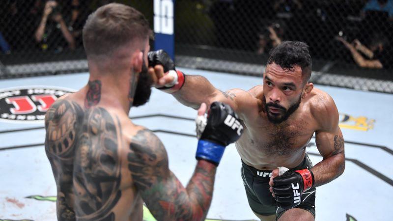 Fonts pārliecinoši sakauj bijušo UFC čempionu Garbrantu