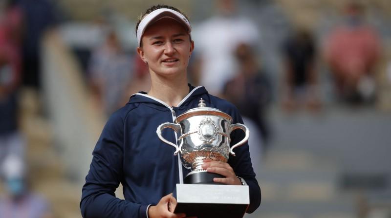 """Krejčīkova kļūst par trešo neizsēto """"French Open"""" čempioni piecu gadu laikā"""