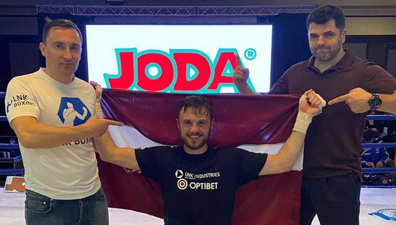 """Milovs: """"Ar Vilcānu mums ir iespēja izveidot nākamo Latvijas boksa superzvaigzni"""""""