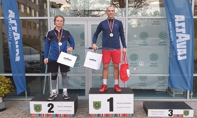 Arī šogad LČ badmintonā uzvar Podosinoviks, pludmales volejbolistam Bedrītim bronza